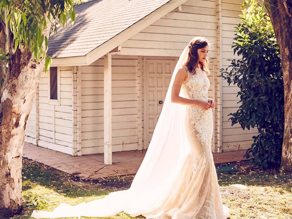 www.daughterofeveboutique.com wedding Thailand 1
